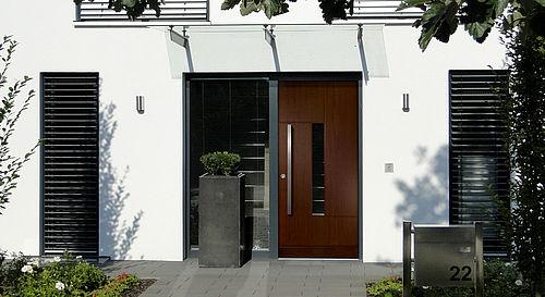 Design des portes d\'entrée en bois - EGE